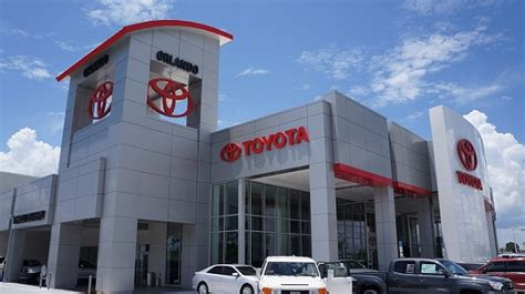 toyota deslership toyota dealers top mercedes and lexus in customer survey