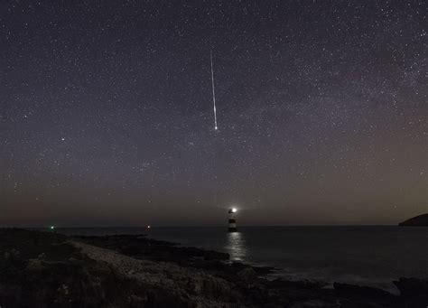 lyrid meteor shower how to watch the lyrid meteor shower 2015 popsugar tech