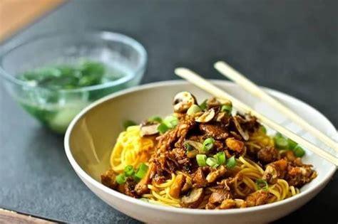membuat mie ayam wortel 5 resep mie ayam tradisional yang enak disantap di mana