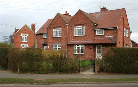 semo housing file semi detached houses acton jpg wikimedia commons