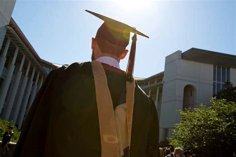 College Mba Placements by Goizueta S Students Achieve Top Employment Numbers Emory