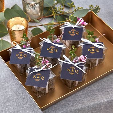 100 Unique Wedding Favor Ideas   Shutterfly