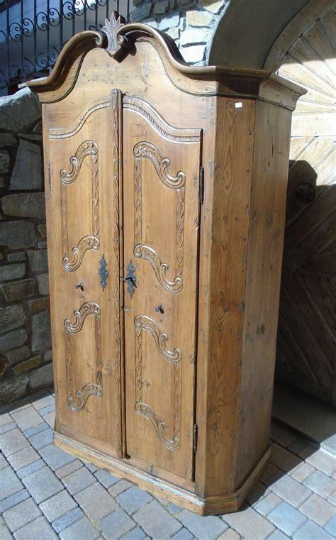 armadi in legno naturale armadio legno naturale prov baviera antichit 224 evelina
