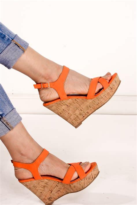 Sandal Wanita Wedges H Putihhitamgold orange pu leather open toe cross ankle buckle