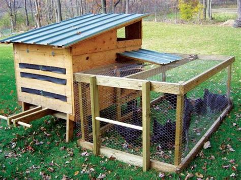 country lore diy portable chicken coops homesteading and livestock mother earth news