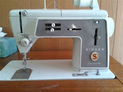 singer sewing machine cabinet vintage singer 600 sewing machine in wood desk cabinet