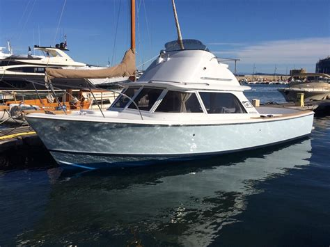 bertram boats 1967 bertram 31 flybridge cruiser power boat for sale