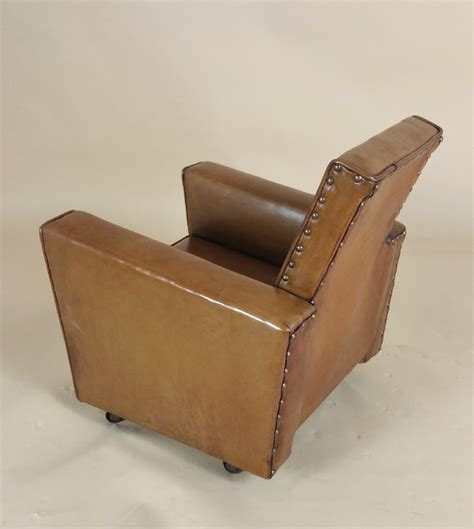 Childs Leather Armchair 1930 S Leather Upholstered Child S Club Armchair 407320