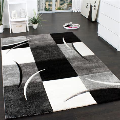 teppich rot schwarz grau designer teppich mit konturenschnitt muster kariert in