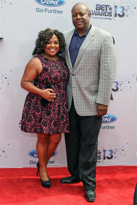 sherri shepherd and husband lamar sally getting divorced sherri shepherd s husband is loving everything about