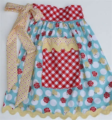 free sewing pattern half apron 316 best images about cute aprons on pinterest apron