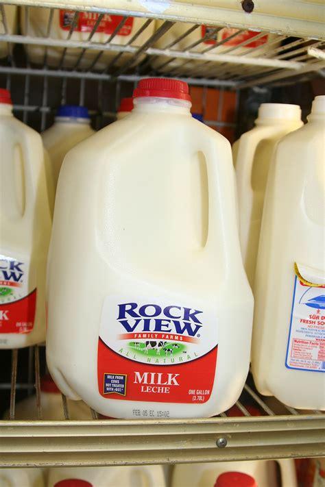 milk challenge milk chugging
