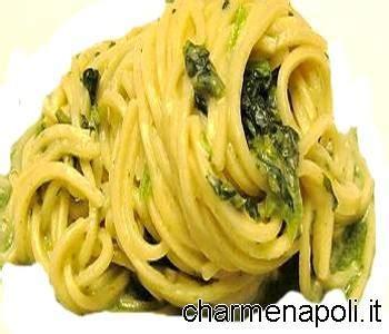 broccoli come si cucinano bucatini con i friarielli piatto napoletano verace charme