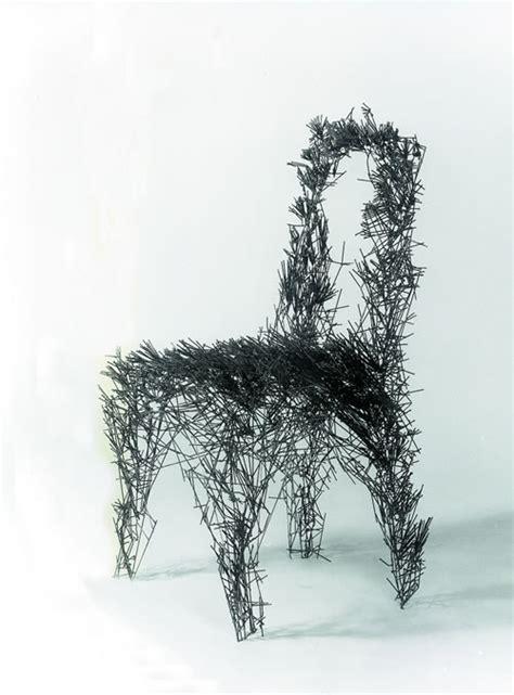 stuhl skulptur aus 2 mm draht - Stuhl Kunst