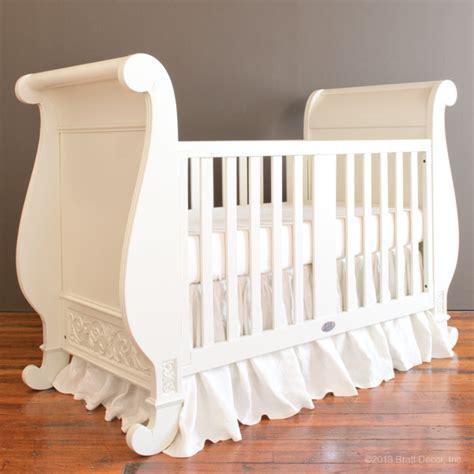 chelsea sleigh crib white