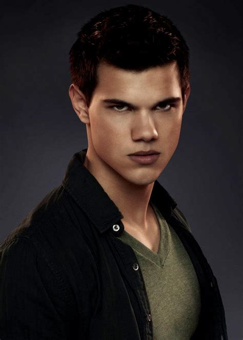 jacob black and renesmee cullen twilight saga wiki wikia jacob black twilight saga wiki fandom powered by wikia