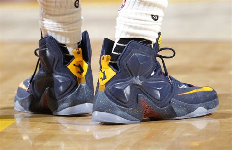 Sneaker Sport Shoes Nike W8049 Gtb solewatch dunkman featured on the nike lebron 13 pe sole collector