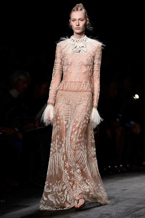 Fashion Week Day 2 Up by Valentino Runway Fashion Week Womenswear