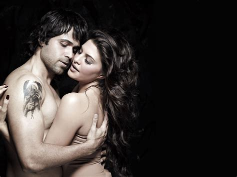 hot couple wallpaper romance romantic bollywood movie wallpapers indian love wallpaper