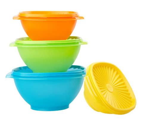 Servalier Bowl 1 8l Tupperware tupperware 4 servalier bowl set with seals page 1