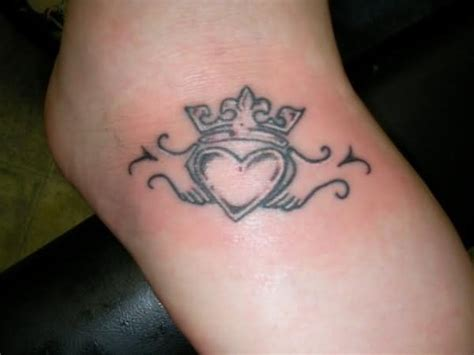 small claddagh tattoo claddagh tattoos designs ideas and meaning tattoos for you