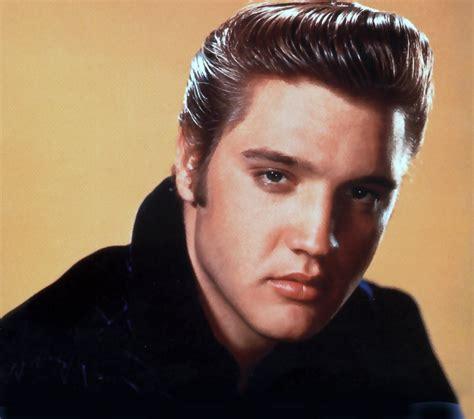 world famous singer world famous people elvis presley king of rock n roll