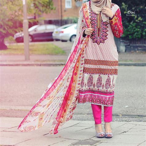 Simple Hijab Style With Niqab