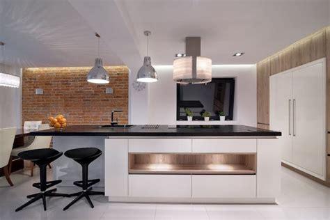 cuisine sur un pan de mur 1001 conseils et id 233 es pour am 233 nager une cuisine moderne