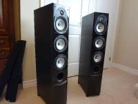 energy connoisseur cf  tower speakers absolutely mint