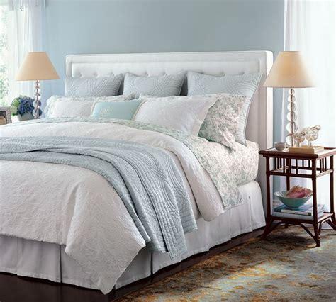 how to arrange pillows on king bed best 25 pillow arrangement ideas on pinterest