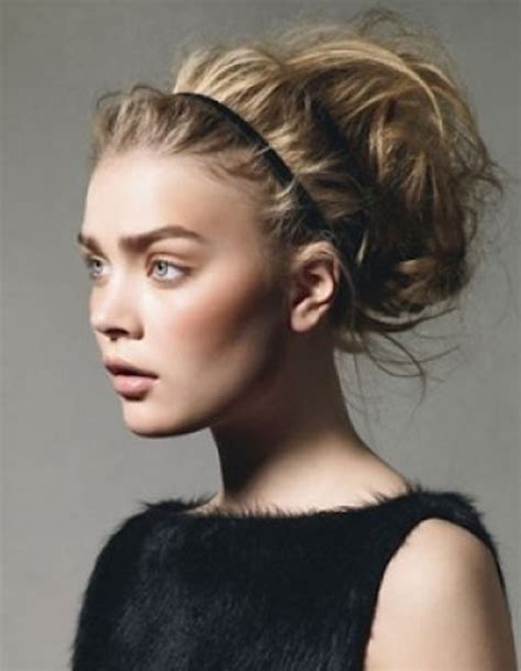 Chic Hairstyles by 20 Chic Hairstyles With Headbands For Pretty