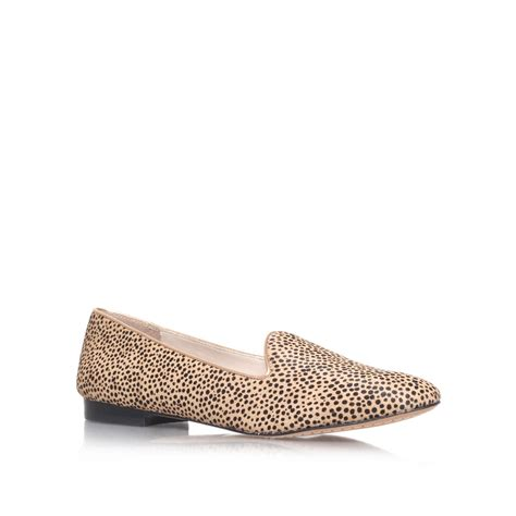 vince camuto flat shoes vince camuto edmonton flat slipper shoes in animal brown