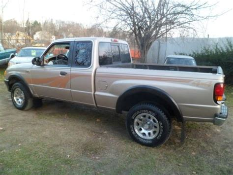buy used 1998 mazda b3000 extra cab 4x4 3liter 6 cylinder with air conditioning in sussex new