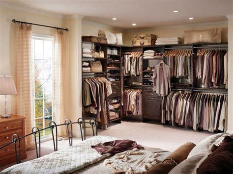 Armarios Empotrados Interior #7: Idee-dressing-chambre-coucher-ouvert.jpeg