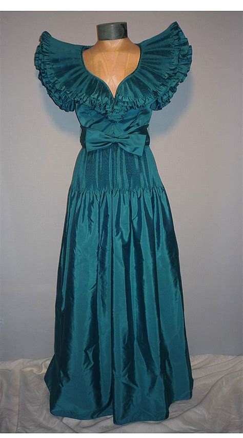 Dres 1980 Only Vintage 1980s Victor Costa Teal Taffeta Evening Dress From