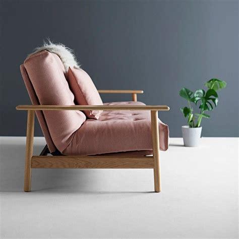 divani rosa pi 249 di 25 fantastiche idee su divano rosa su