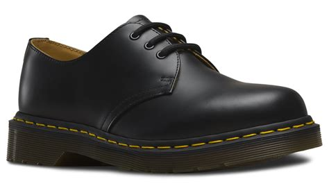 dr martens 1461 black 3 eye shoe