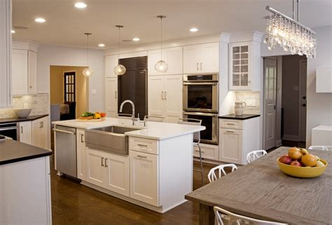 Stainless Steel Kitchen Island With Seating by 25 Stunning Transitional Kitchen Design Ideas