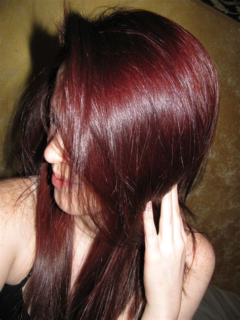 perfect hair color for brown eyes 124 best images about brown hair pale skin green eyes on