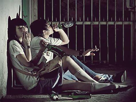 penyebab dan dak negatif pergaulan bebas terhadap remaja penyimpangan sosial contoh pengertian gambar teori