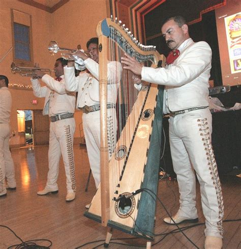 cultura de honor noche de cultura event to honor local latino professionals community hanfordsentinel com