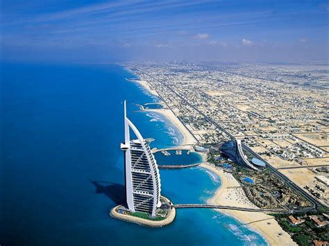 Travel Guide to United Arab Emirates