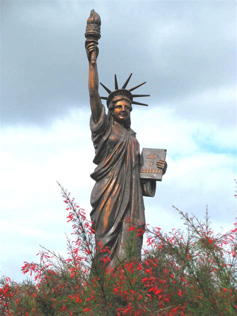 lade liberty file liberty of orlando jpg wikimedia commons