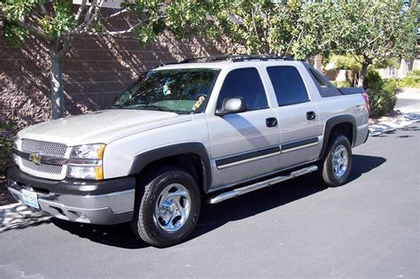 how to sell used cars 2004 chevrolet avalanche 1500 windshield wipe control 2004 chevrolet avalanche axle bearing differential failures 3 complaints