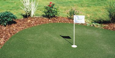 backyard practice green best 20 backyard putting green ideas on pinterest