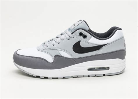 Nike Airmax One Grey Black nike air max 1 white black wolf grey gunsmoke asphaltgold