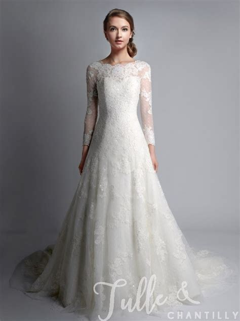 Lace Wedding Gown vintage bateau neck sleeves lace wedding gown tbqwc024
