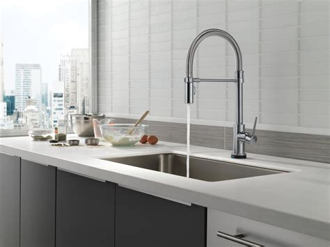 delta touch kitchen faucets delta trinsic kitchen faucet touch wow