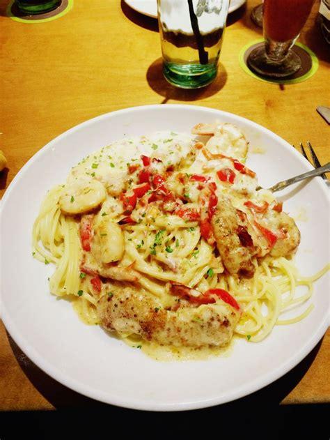 Chicken Carbonara Olive Garden by Chicken And Shrimp Carbonara The Olive Garden Munchables