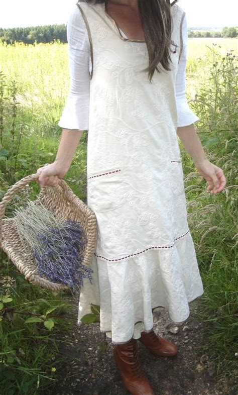 pattern gardening apron best 25 farm clothes ideas on pinterest hipster style
